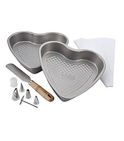 Cake Boss® Professional Nonstick Bakeware 10-pc. Heart Bakeware Set