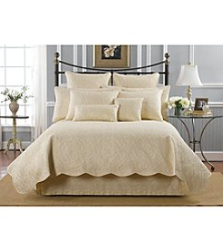 Donna Sharp® Bella Cream Quilt Collection