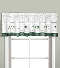 United Curtain Co. Gingham Valance