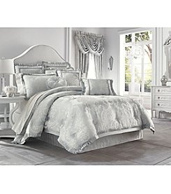 J. Queen New York Antoinette Bedding Collection