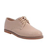 """Wanted® """"Gordon"""" Perforated Oxfords"""