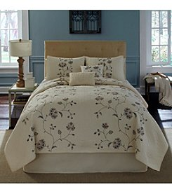 Nostalgia Home™ Flowering Vine Quilt Bedding Collection