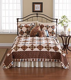 Nostalgia Home™ Selina Quilt Bedding Collection