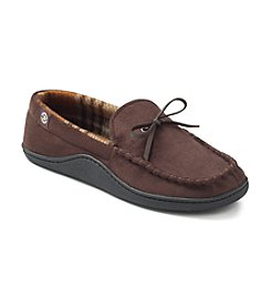 Isotoner® Men's Holiday Microsuede Boater with Plaid Lining Slipper