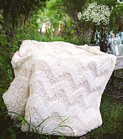 Lush Decor Giselle Throw