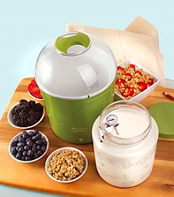 Euro Cuisine® Yogurt and Greek Yogurt Maker with 2-qt Glass Jar
