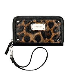 Nine West® Table Treasures Zip Around Tech - Leopard