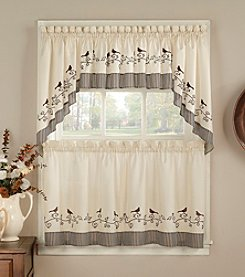 CHF Birds Tail Window Treatment