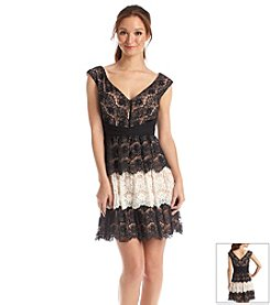 Jessica Simpson Scalloped Lace Dress With Contrast Pleating
