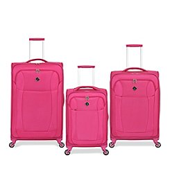 French West Indies Fuchsia Lightweight Spinner Luggage Collection