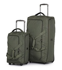 IT Luggage MegaLite™ Premium Rolling Duffel