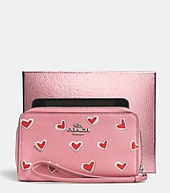 COACH ZIP CASE IN HEART PRINT CROSSGRAIN LEATHER