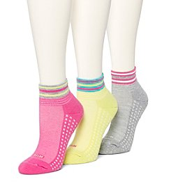 HUE® 3 Pack Air Cushion Quarter Socks