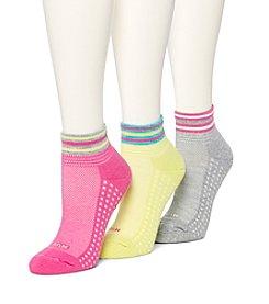 HUE® 3 Pack Air Cushion Quarter Socks