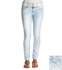 Wallflower® Light Acid Wash Skinny Jeans