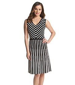 Jones New York Collection® Chevron Dress