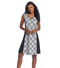 Notations® Petites' Tileprint Sleeveless Dress