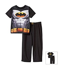 Batman® Boys' 2T-10 2-Piece Batman Cape Pajama Set