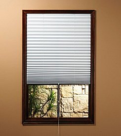 Achim 1-2-3 White Vinyl Room Darkening Pleated Shade