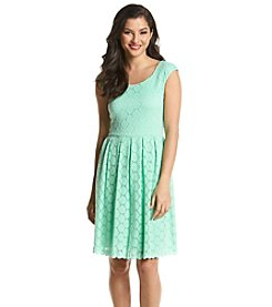 Ronni Nicole® Circle Lace Dress