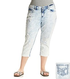 Wallflower® Plus Size Patricia Destructed Capri