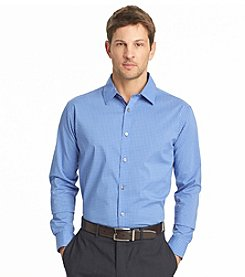 Van Heusen® Men's Long Sleeve Traveler Stretch