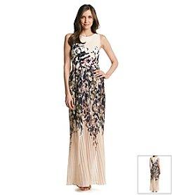 Taylor Dresses Floral Maxi Dress