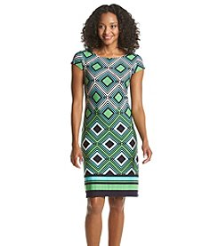 Jessica Howard® Petites' Geo Print Shift Dress
