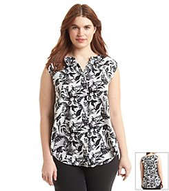 Jessica Simpson Plus Size Carmela Sleeveless Blouse