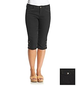 One 5 One® Snap Bottom Capris