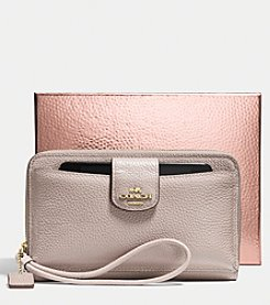 COACH UNIVERSAL WALLET WITH PHONE POCKET IN POLISHED PEBBLE LEATHER
