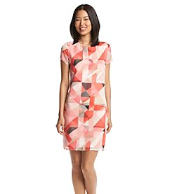 Vince Camuto® Short Sleeve Printed Dress