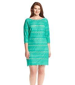 Jessica Howard® Plus Size Lace Scallop Dress