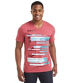DKNY JEANS® Men's Short Sleeve V-Neck Foto Tee
