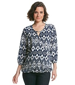 Three Seasons Maternity™ 3/4 Sleeve Print Wrap Top