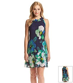 Jessica Howard® Petites' Pleated Floral Dress