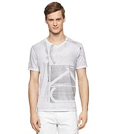 Calvin Klein Jeans Men's Short Sleeve Blocked Exploded V-Neck Tee
