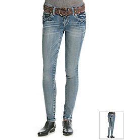 Wallflower® Curvy Boyfriend Jeans