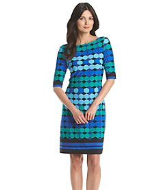 Jessica Howard® Geometric Print Shift Dress