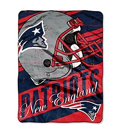 New England Patriots Deep Slant Micro Raschel Throw