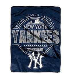 New York Yankees Structure Micro Raschel Throw