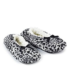 Fuzzy Babba® Animal Print Slippers