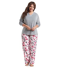 Intimate Essentials® Plus Size V Neck Fleece Cats Pajama Set