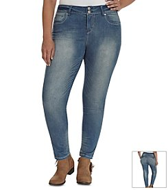 Wallflower® Plus Size Skinny Jeans