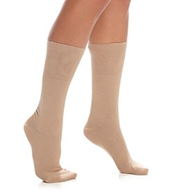 HUE® Diamond Quilted Cuffed Socks