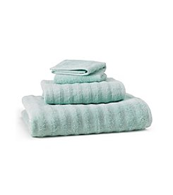 Jessica Simpson Made in USA Wavy Towel Collection