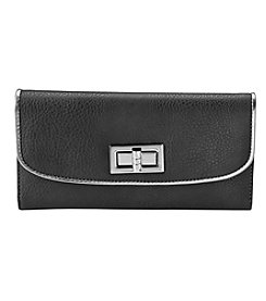Relativity® Patent Trim Turnlock Checkbook Wallet