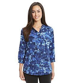 Gloria Vanderbilt® Delsie Printed Chain Top