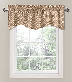 Waverly® Lovely Lattice Scalloped Valance