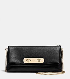 COACH SWAGGER CLUTCH IN PEBBLE LEATHER